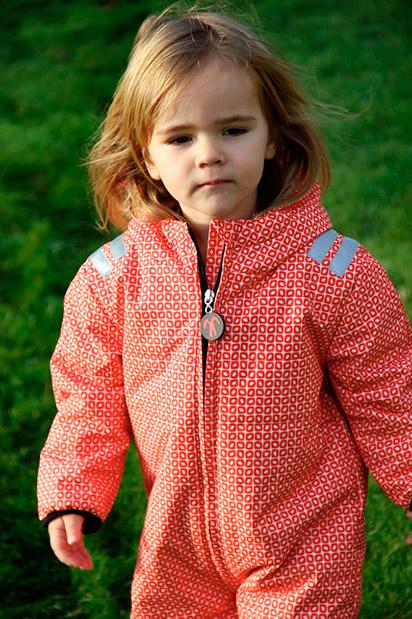 zimowy kombinezon ocieplany dla dzieci Ducksday wzór FUNKY RED