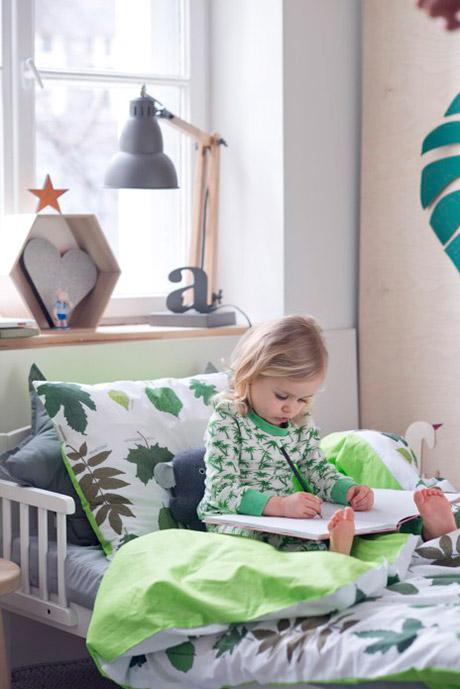 wesołe, ładne, kolorowe piżamy dla dzieci